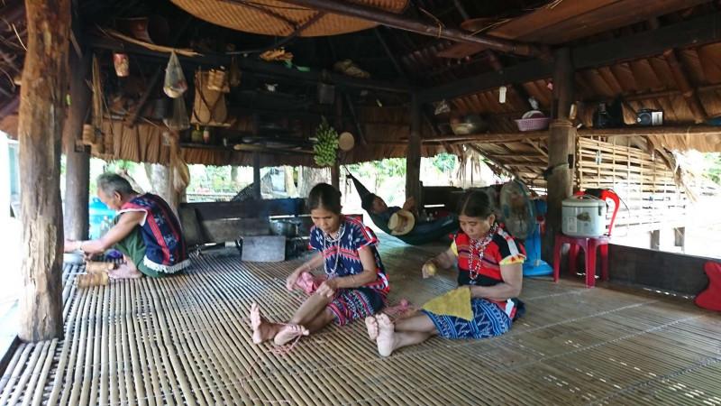 の画像 一日:ベトナム中部少数民族カトゥー族との交流ツアー+夜のホイアン散策(昼食&ホイアン名物料理の夕食付)