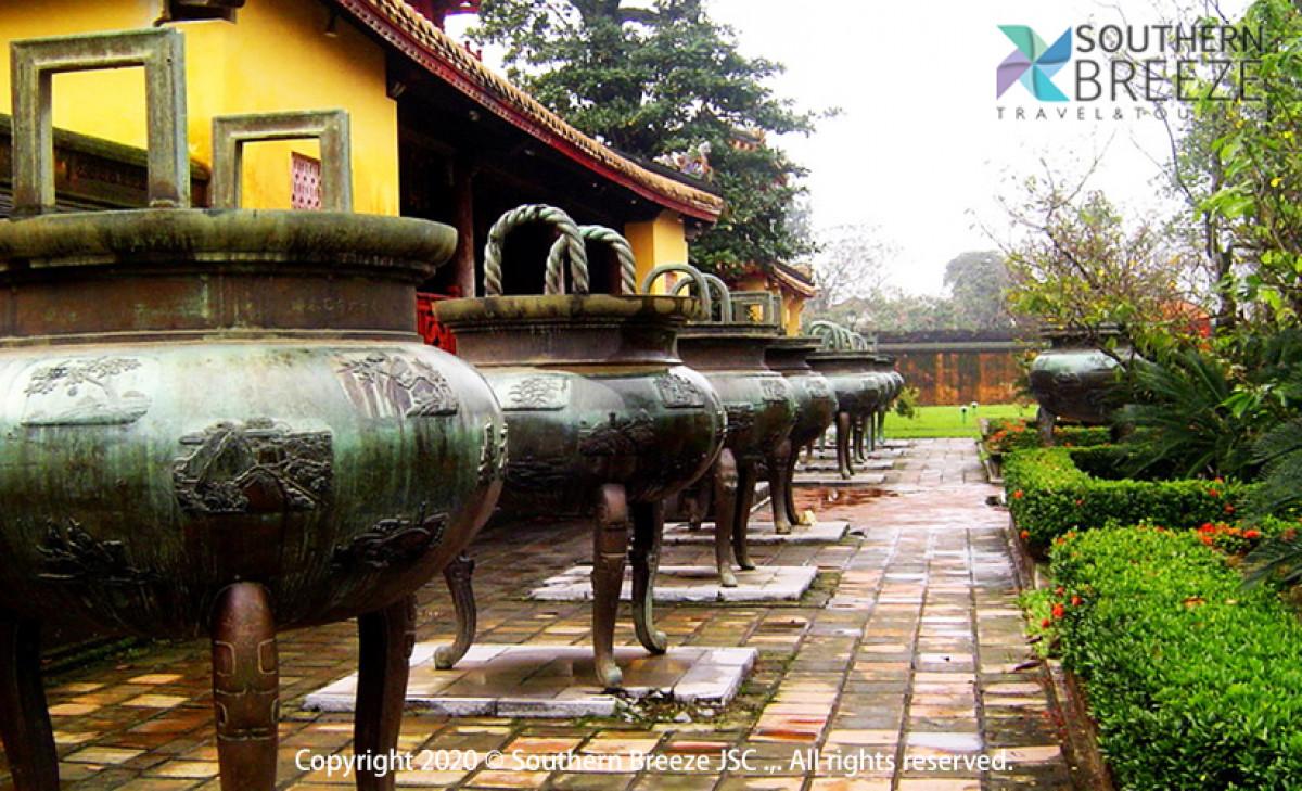 フエ郊外3大帝廟巡り!半日:カイデイン帝廟、ミンマン帝廟、トゥドゥック帝廟観光