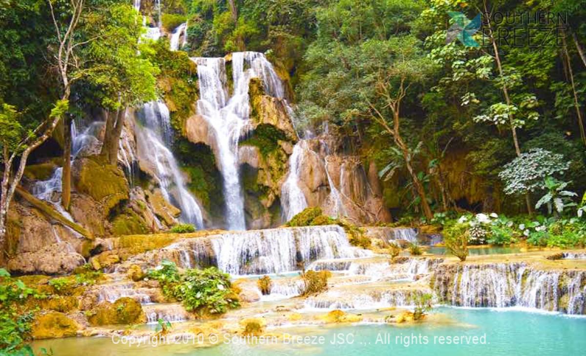 一日:トレッキング※ロンラオ村からクアンシー滝へ歩く4-5時間※観光地の入場料は含まれません。