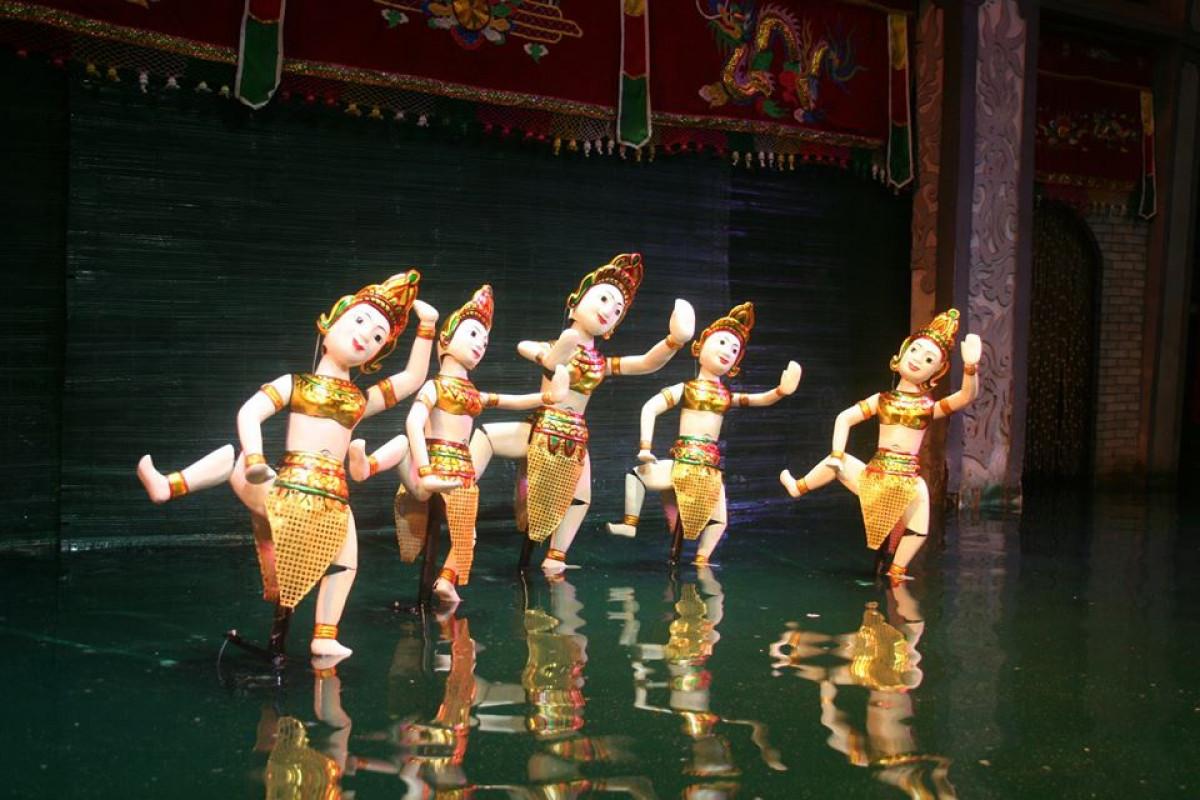 16:30発:水上人形劇と夕食(ベトナム料理STDメニュー)