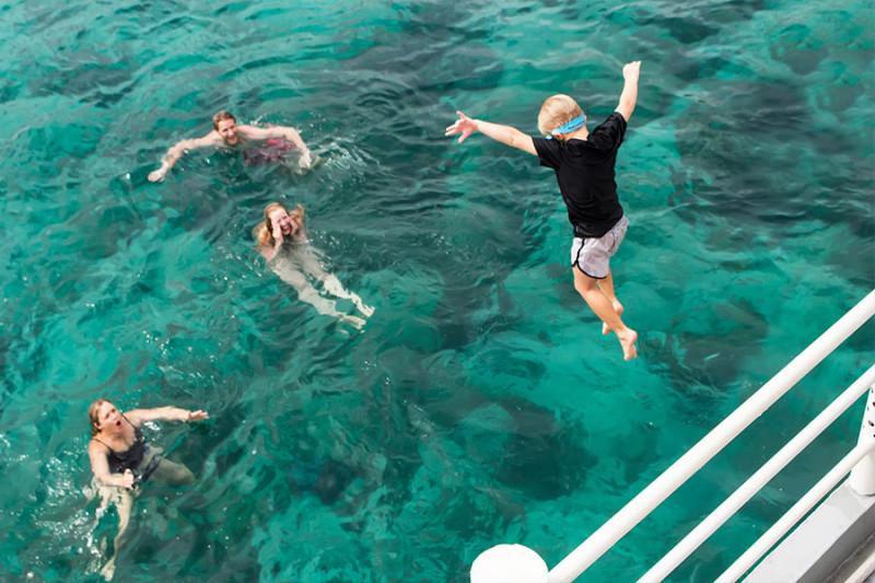 の画像 フーコック島の海を楽しもう!一日:シュノーケリング&釣り体験 *専用車&英語ガイド